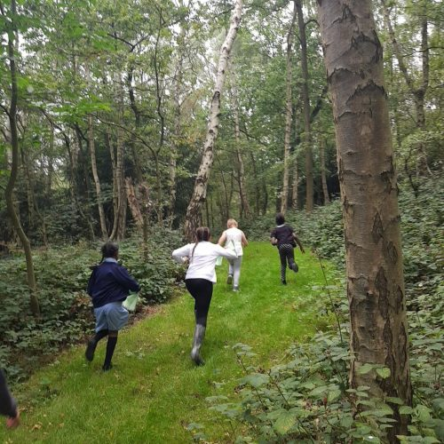 Excited and happy - a girls group discovering Bestwood for the first time